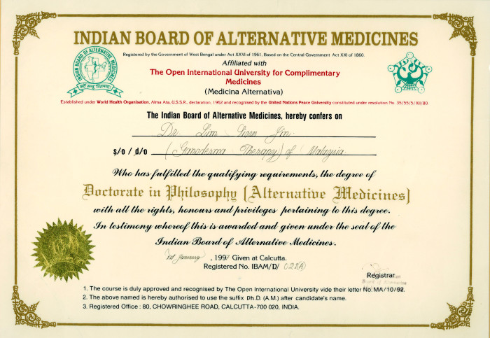 DXN CEO Dato' dr. Lim Siow Jin was awarded with a Doctorate in Philosophy (Alternative Medicines) by the Indian Board of Alternative Medicines.
