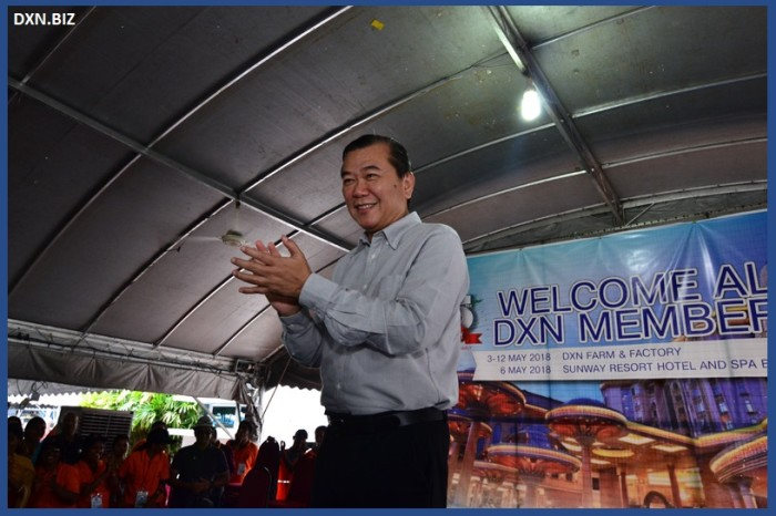 DXN company founder and CEO welcomes everyone to the 2018 DXN Ganoderma and Spirulina Farm and Factory visit.