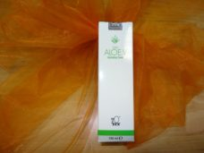 Aloe vera skin toner from DXN company cleans, protects and tightens the skin.