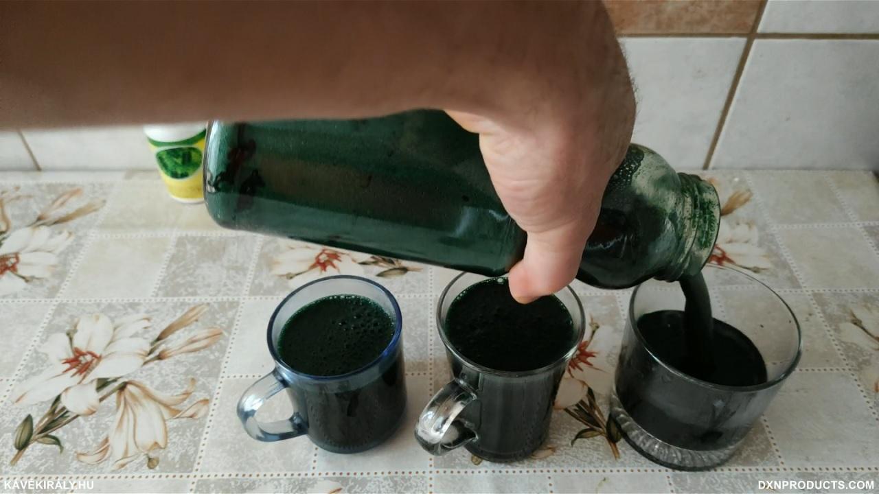 DXN Spirulina Powder smoothie